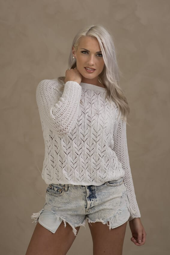 208e1790 1703-3 Fabiola genser - Viking of Norway